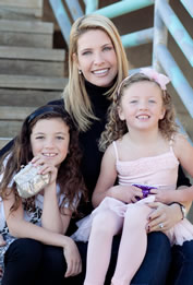 Shannon and her daughters