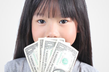 Common Money Phrases to Avoid with Kids | www.TheHeavyPurse.com